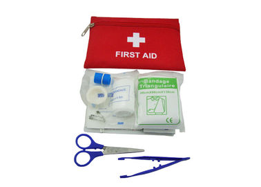 Convenient Small Travel First Aid Kit For Home Red Color 18.5*13CM Size